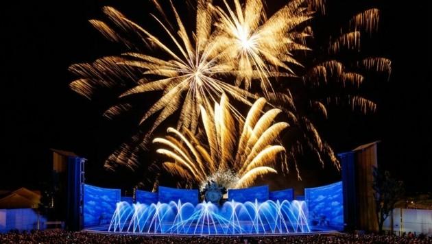 """Das Feuerwerk ist schon lange fixer Teil des Spektakels auf der Seebühne. Jetzt gibt es wieder eine Diskussion um ein """"Aus"""". (Bild: Seefestspiele Mörbisch/Jerzy Bin)"""
