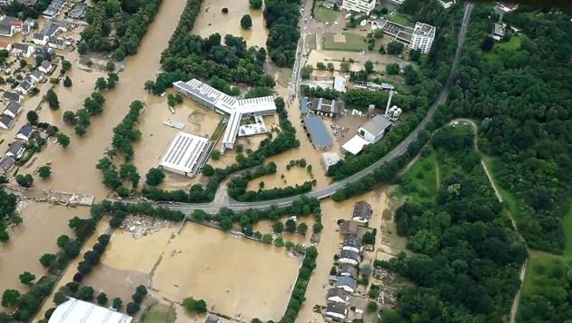Luftaufnahme von Ahrweiler (Bild: APA/AFP/NEWS5/Ferdinand MERZBACH)