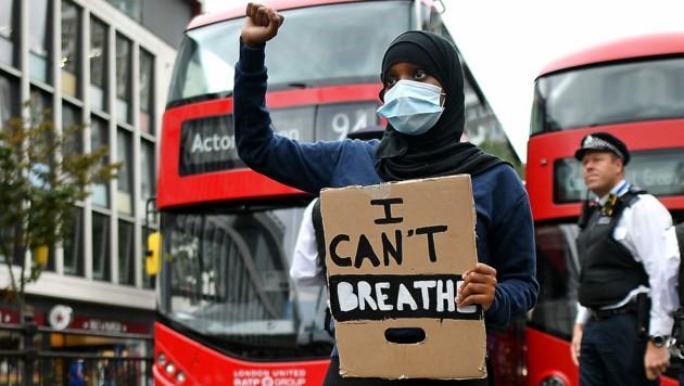 Protest gegen Rassismus in London (Bild: APA/AFP/JUSTIN TALLIS)