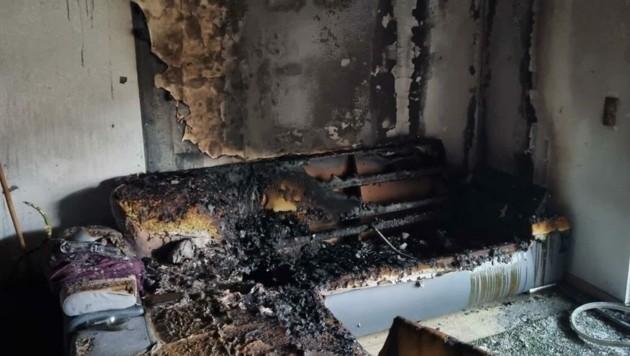 Bei dieser Sitzgarnitur brach der Brand aus. (Bild: Schulter Christian)