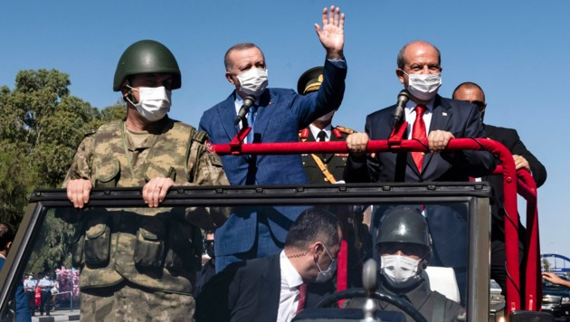Der provokante Besuch des türkischen Präsidenten in Nordzypern hat ein Nachspiel. (Bild: APA/AFP/Iakovos Hatzistavrou)