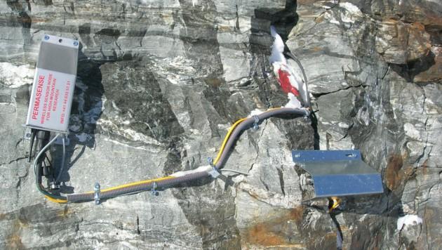 Mithilfe am Berg platzierter Sensoren sollen mögliche Felsstürze erkannt und dadurch und dadurch Siedlungsgebiete vor den Folgen des Klimawandels geschützt werden. (Bild: APA/Universität Innsbruck, ETH Zürich)