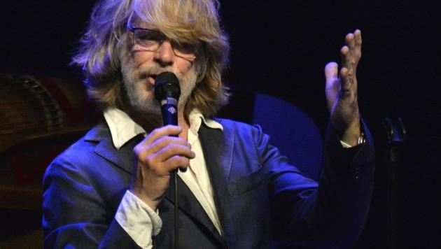 Helge Schneider hatte keine Lust mehr und brach sein Konzert in Augsburg einfach ab. (Bild: APA/HERBERT PFARRHOFER)
