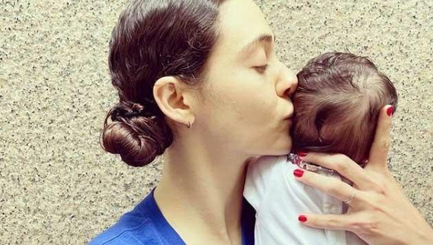 Emmy Rossum mit Baby Sam (Bild: www.instagram.com/emmy)