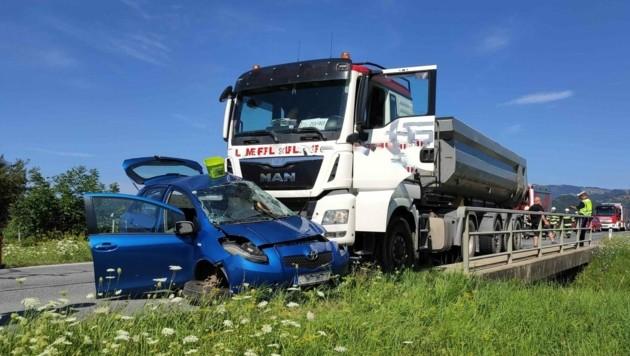 Unfall in Illensdorf (Bild: FF Kaibing)