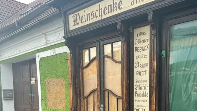 Eine Cannabis-Plantage mit 2000 Pflanzen wurde von der Polizei in einem ehemaligen Wirtshaus in Haindorf ausgehoben. (Bild: zVg)