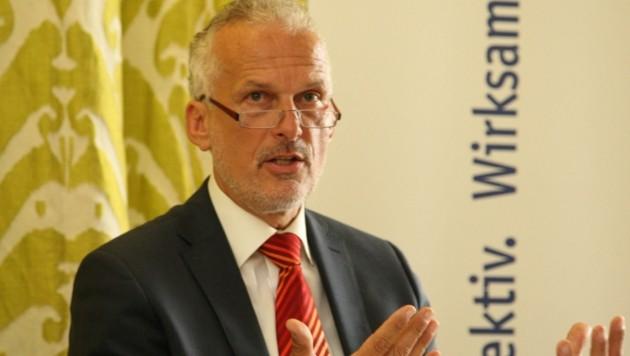 Ex-Justizminister Josef Moser hat auch jahrelange Erfahrung als Rechnungshof-Chef (Bild: Uta Rojsek-Wiedergut)