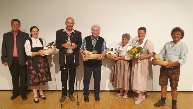 Das Namen-Erhebungsteam mit Bürgermeister Pfurner (Bild: Martin Oberbichler)