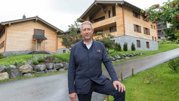 Lechs Bürgermeister Stefan Jochum hat den Stein ins Rollen gebracht, jetzt ziehen andere Gemeinden nach. (Bild: Bildagentur Muehlanger)