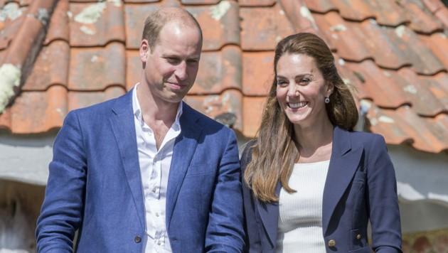 Catherine Herzogin von Cambridge und Prinz William besuchen die Scilly-Inseln im Rahmen ihres Besuchs in Cornwall (Bild: Ian Jones / Action Press / picturedesk.com)