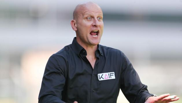 Ex-Bayern-Star und jetziger Leoben-Trainer Carsten Jancker trieb seine Donawitzer zu einem 6:0 gegen Ilz. (Bild: Richard Purgstaller)