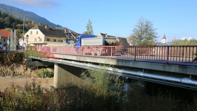 Der Schwerverkehr über die B80 soll über Slowenien umgeleitet werden. (Bild: Hronek Eveline)
