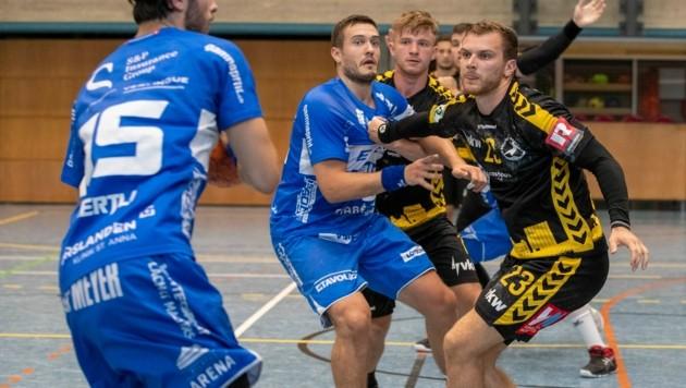 Matric Kotar (re.) bringt als Spielmacher Linie ins Bregenzer Angriffsspiel. (Bild: Maurice Shourot)