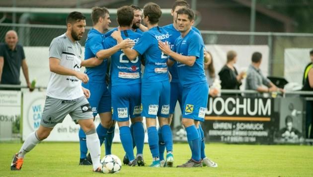 In der Vorsaison jubelte die Dornbirner Admira noch in der Vorarlberg Liga - jetzt sorgt das Team auch in der Elitaliga für Furore. (Bild: Maurice Shourot)