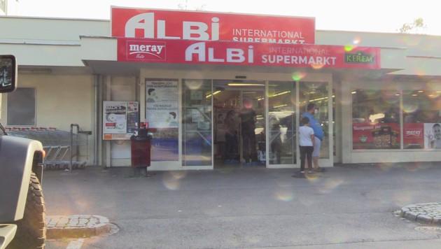 Der Albi Supermarkt in Bregenz Vorkloster war am 14. August das erste Ziel des Räubers. (Bild: Maurice Shourot)