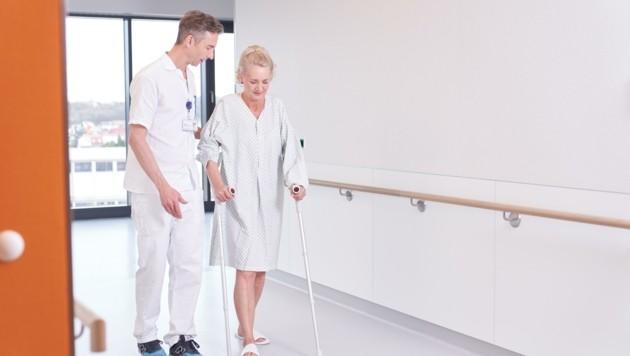 Die Pflegekräfte in den Kliniken stehen Ihnen stets zur Seite (Bild: Philipp Monihart)