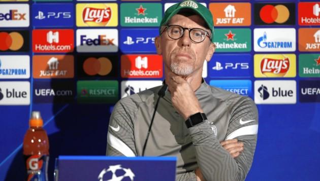 Ferencvaros-Trainer Peter Stöger (Bild: EPA)