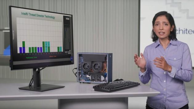 """Intel-Ingenieurin Rajshree Chabukswar stellt die """"Alder Lake""""-Prozessorgeneration vor. (Bild: Intel)"""