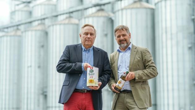 Die VFI - hier Florian Rauch (l.) mit Klemens Rauch - investiert 30 Millionen Euro. (Bild: Markus Wenzel)