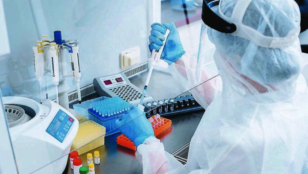 In allen sieben Teststraßen wird bald der PCR-Test durchgeführt. (Bild: ©salomonus)