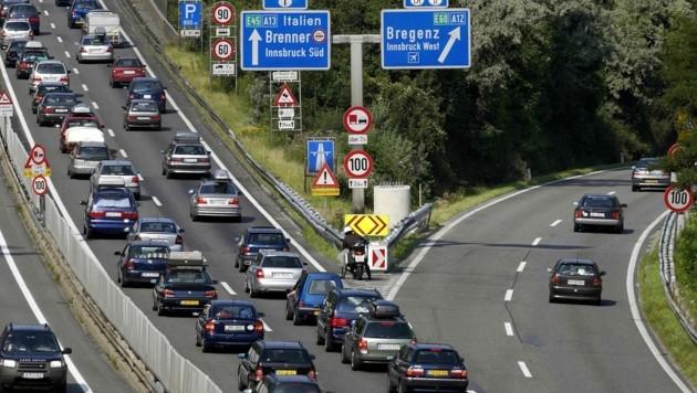 Stau auf der Brennerautobahn (Bild: APA/Robert Parigger)