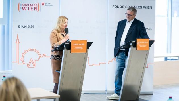 FSW-Geschäftsführerin Anita Bauer und Stadtrat Peter Hacker (Bild: David Bohmann / PID)