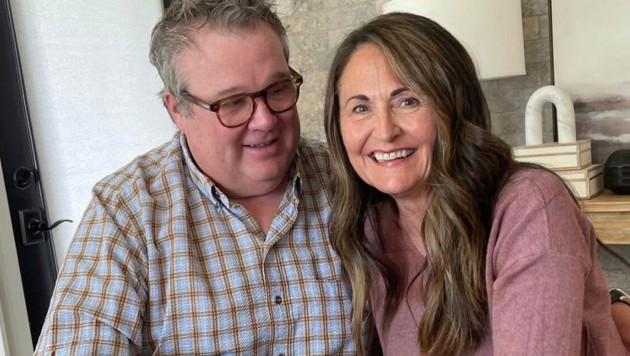 """Eric Stonestreet konterte Online-Trollen, die über seine """"junge"""" Verlobte lästerten - und ließ seine Liebste einfach altern. (Bild: instagram.com/ericstonestreet)"""