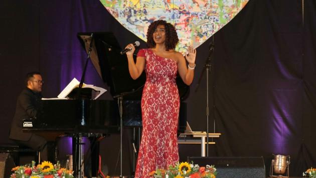Musical-Star Kristina Love, sie spielte die Hauptrolle als Tina Turner im Musical Tina, freut sich auf ihren Auftritt in Filzmoos. (Bild: Eva Maria Nagl)