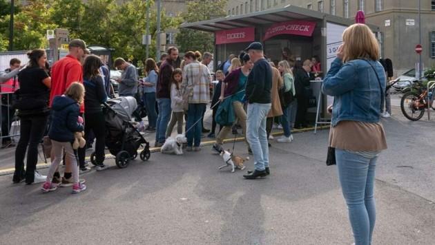 Kontrollen beim Eingang des Wachauer Volksfestes (Bild: ATTILA MOLNAR)