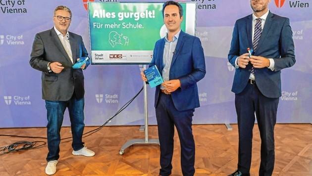 V.l.: Gesundheitsstadtrat Peter Hacker (SPÖ), Vizebürgermeister Christoph Wiederkehr (NEOS) und Bildungsdirektor Heinrich Himmer (Bild: SEPA.Media KG   Michael Indra   www.sepa.media)