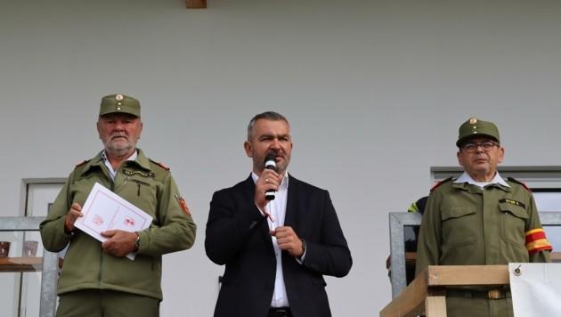 Feuerwehrreferent Heinrich Dorner eröffnete den Bewerb. (Bild: Landesfeuerwehrkommando Burgenland)