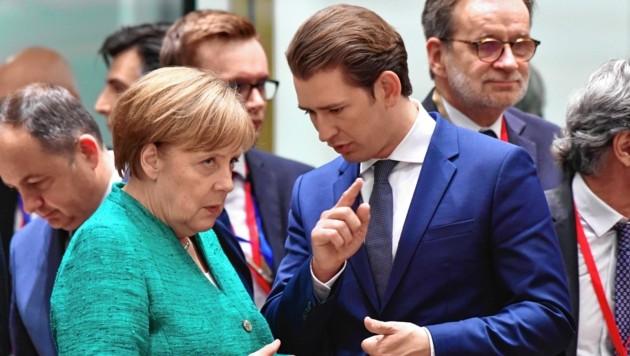 Kurz und Merkel: Enge Partner, aber nicht immer einer Meinung (Bild: AP)