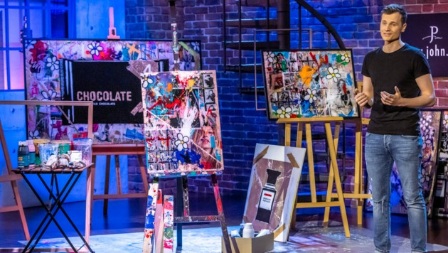 Petschinger will bei der TV-Show mit Kreativität begeistern (Bild: PULS 4/Gerry Frank)