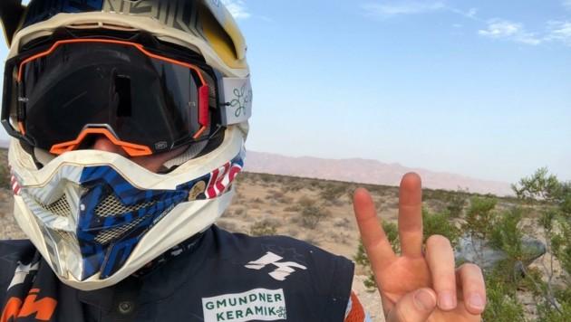 Matthias Walkner sendete Geburtstagsgrüße aus der Wüste in Nevada (USA). Der Kuchler testet dort noch knapp zwei Wochen sein neues KTM-Motorrad. (Bild: Matthias Walkner)
