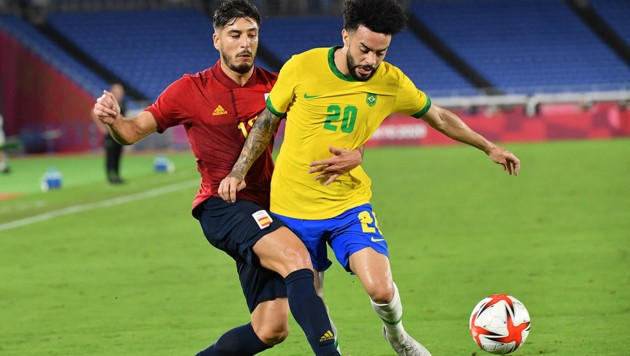Claudinho (re.) (Bild: AFP )