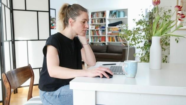 """Der Arbeitgeber muss laut Gesetz """"digitale Arbeitsmittel"""" zur Verfügung stellen. (Bild: Reinhard Holl)"""