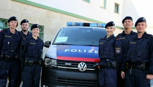 Die ersten sechs Beamten der neuen BE-Einheit haben ihre Arbeit offiziell aufgenommen. (Bild: Karl Grammer)