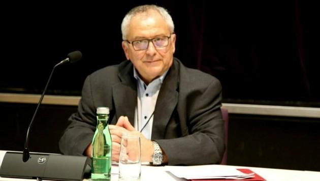 Ernst Zimmermann ist offiziell noch Innungsmeister der Dachdecker. (Bild: Karl Grammer)