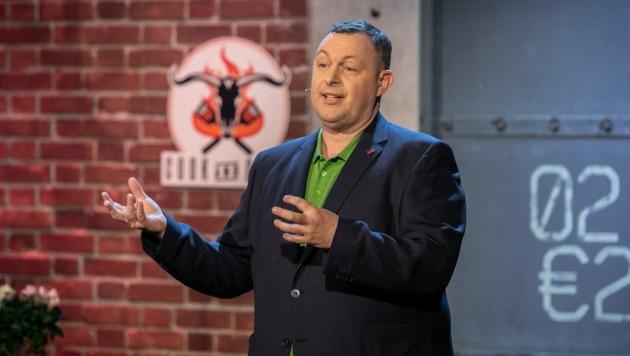 """Marcel Ksoll will in der Puls4-Show """"2 Minuten 2 Millionen"""" die Investoren überzeugen. (Bild: Puls4/Gerry Frank)"""