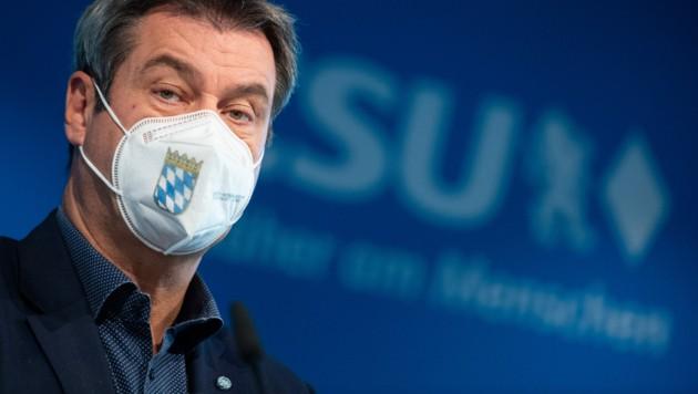 Bayerns Ministerpräsident Markus Söder (CSU) warnt seine Parteifreunde in der CDU vor einer möglicherweise bevorstehenden Wahlniederlage. (Bild: APA/dpa/Sven Hoppe)