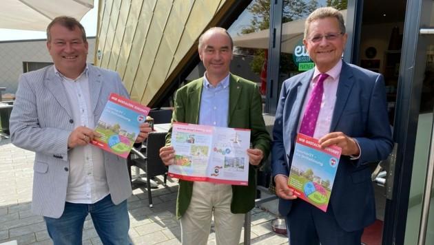 Vizebürgermeister Matthias Müller, Bürgermeister Andreas Linhart (beide SPÖ) und Christian Schmitzer von den Neos präsentierten ihr Konzept für das Quartier 21. (Bild: Thomas Werth)