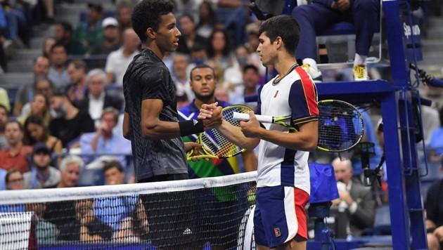 Felix Auger-Aliassime (li.) und Carlos Alcaraz (Bild: APA/AFP/Ed JONES)