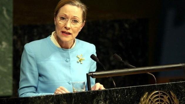 Ex-Außenministerin Benita Ferrero-Waldner bei einer Rede vor den Vereinten Nationen im November 2001, nur wenige Monate nach den Terroranschlägen von 9/11. (Bild: HOPI-MEDIA/APA/Bernhard J.Holzner)