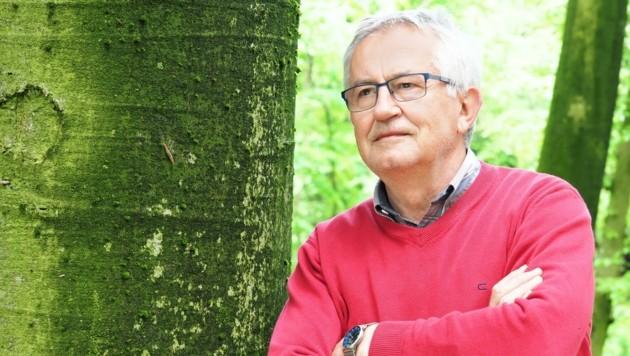 Karl Weiländer (o.) kämpft mit vielen anderen Idealisten für das Naturparadies der Kinder, das nahe der Landeshauptstadt St. Pölten der geplanten Schnellstraße zum Opfer fallen soll. (Bild: GabrieleMoser)