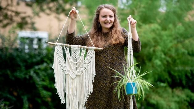 Die Kremserin Magdalena Klement startet mit ihren handgefertigten Kunstwerken jetzt als Unternehmerin durch. (Bild: Imre Antal)