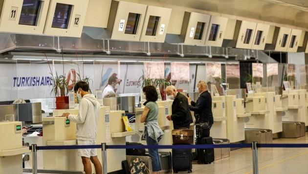 Der Flugbetrieb ist am krisengebeutelten Salzburg Airport wieder angelaufen. Auch neue Ziele, wie Dubai, locken. (Bild: Tschepp Markus)
