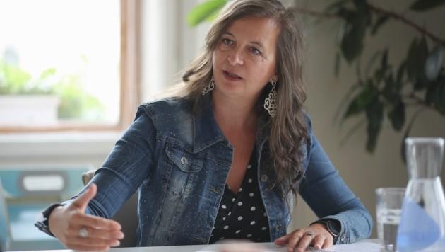 """Stadträtin Sima (SPÖ) im """"Krone""""-Interview über die Stadtstraße, Radwege und die Markthalle (Bild: Gerhard Bartel)"""