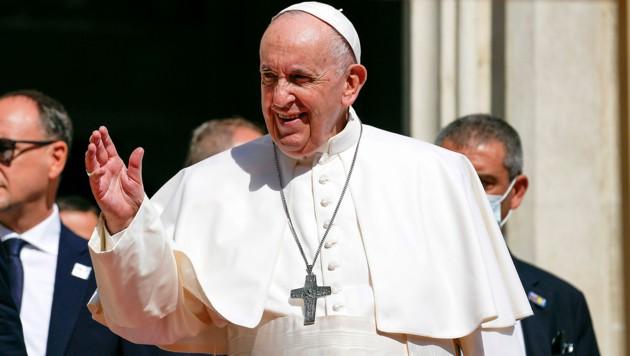 Der Papst hält sich bis Mittwoch in der Slowakei auf. (Bild: AP)