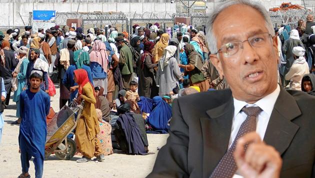 Afghanische Flüchtlinge an der Grenze zu Pakistan.Seit einem Jahr Pakistans Botschafter in Wien: Aftab Khokher (re.) (Bild: Gerhard Bartel, Reuters)
