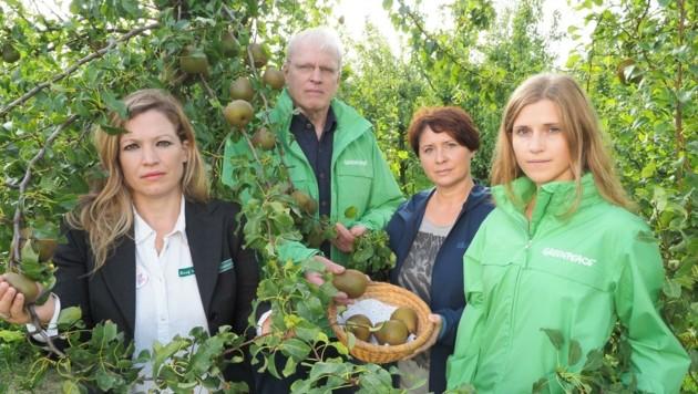 Greenpeace-Aktivist Egit unterstützt den Kampf der Bauern um die Natur (Bild: Gabriele Moser)